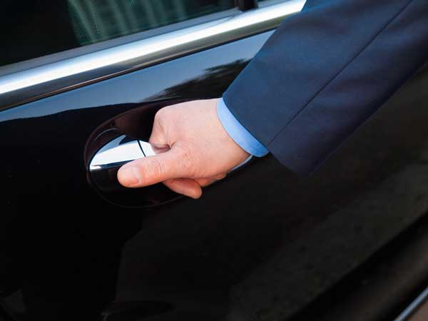 Newark limo car service general etiquette tips