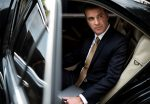 7 Reasons Business Travelers Should Use an Airport Limo